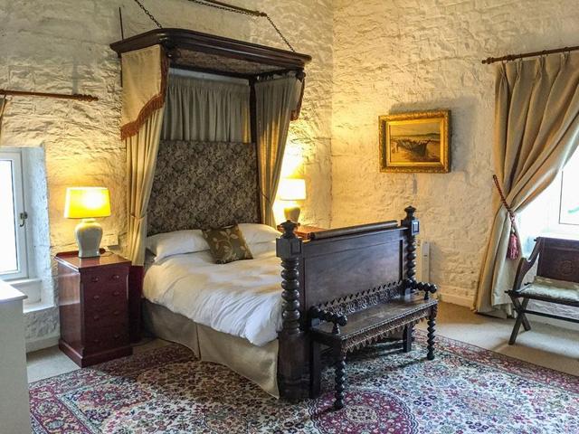 Ghé thăm những lâu đài mang phong cách Game of Thrones - Ảnh 3.