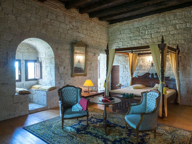 Ghé thăm những lâu đài mang phong cách Game of Thrones - Ảnh 2.