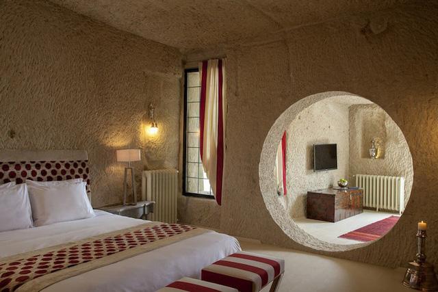 Những khách sạn hang đá độc đáo ở Thổ Nhĩ Kỳ - Ảnh 6.