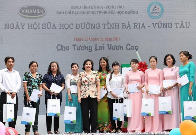 """10 năm tiên phong và đồng hành cùng chương trình """"Sữa học đường"""" vì một Việt Nam vươn cao - Ảnh 2."""