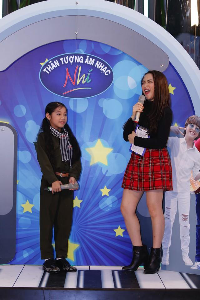 Khởi động Thần tượng âm nhạc nhí mùa 2, Hồ Văn Cường song ca cùng Hòa Minzy - Ảnh 31.