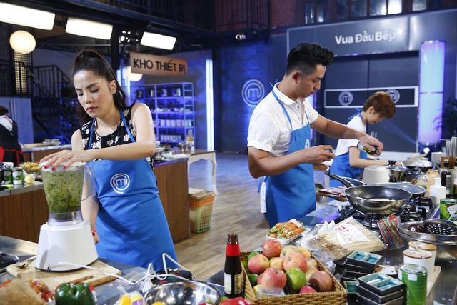 Vua đầu bếp: Kiwi Ngô Mai Trang đánh bại Hà Anh bằng thực đơn trái ngược - Ảnh 3.