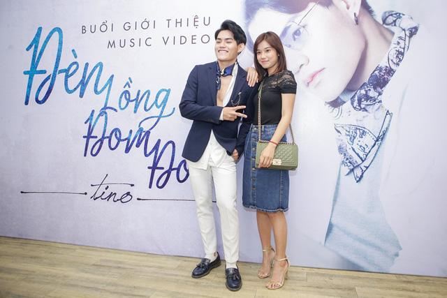 Hoàng Yến Chibi rạng rỡ đến chúc mừng Tino ra mắt MV Đèn lồng đom đóm - Ảnh 1.