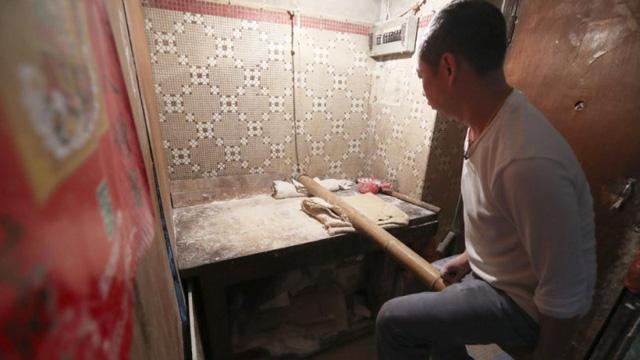 Khám phá cách nhào bột mì theo kiểu Hong Kong (Trung Quốc) - Ảnh 1.