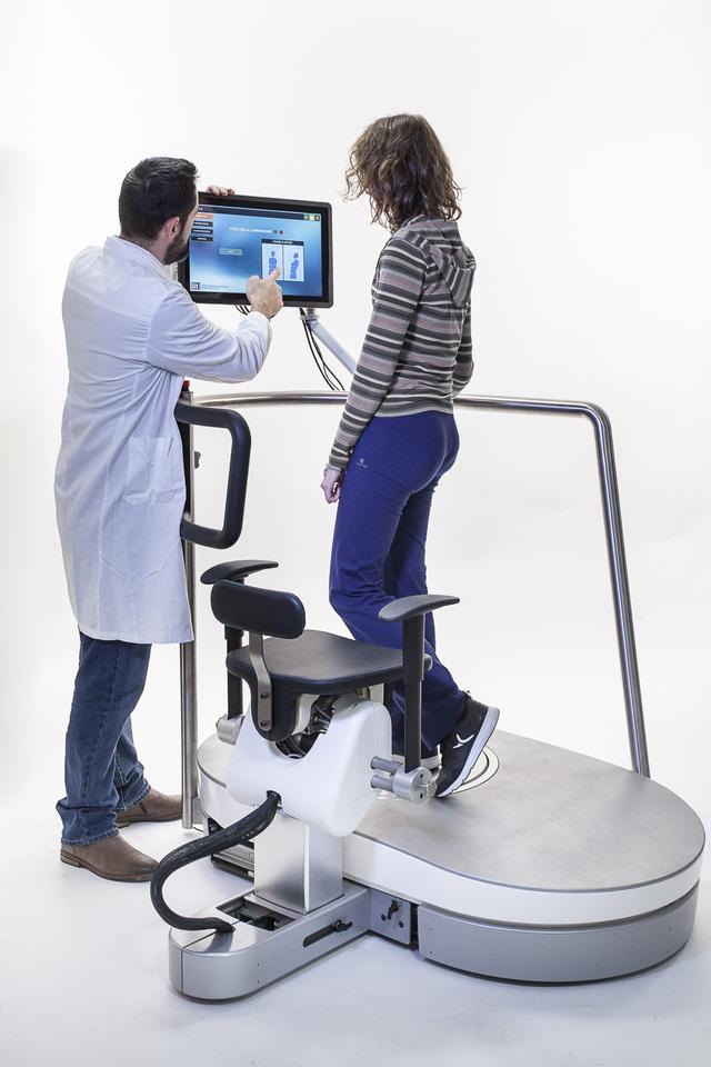 Robot tập vật lý trị liệu đa chức năng cho người - Ảnh 1.