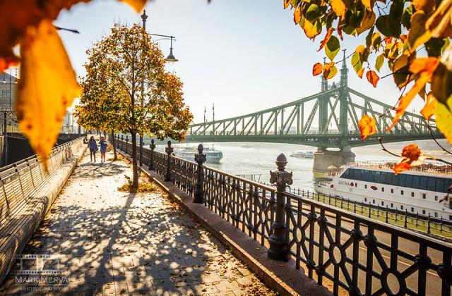 Lạc bước trong khung cảnh mộng mơ rực sắc thu ở Budapest - Ảnh 6.