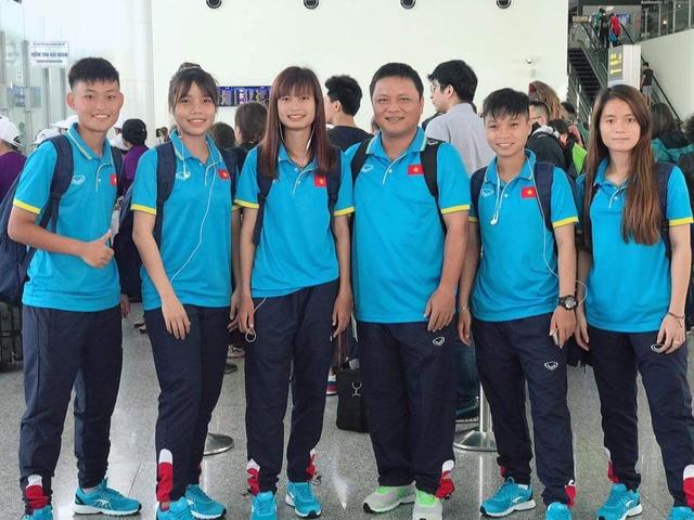 ĐT U19 nữ Việt Nam lên đường tham dự VCK U19 nữ châu Á 2017 - Ảnh 4.
