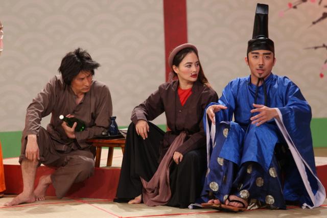 Chí Phèo - Thị Nở đại náo thành Takeshi, Dương Triệu Vũ trao nhẫn cho Đàm Vĩnh Hưng - Ảnh 2.