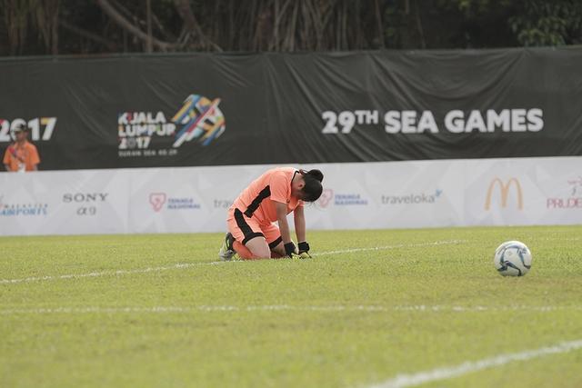 Bóng đá nữ SEA Games 29: Việt Nam 3-0 Philippines - Mệt nhưng đáng! - Ảnh 2.