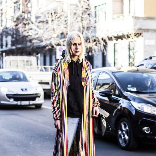 Mê hoặc thời trang thanh lịch trên đường phố Milan - Ảnh 18.