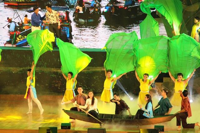 Bế mạc Festival Đờn ca tài tử quốc gia lần II - Ảnh 2.
