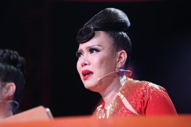 Bước nhảy ngàn cân: Việt Hương giàn giụa nước mắt vì thí sinh mắc chứng trầm cảm - Ảnh 2.