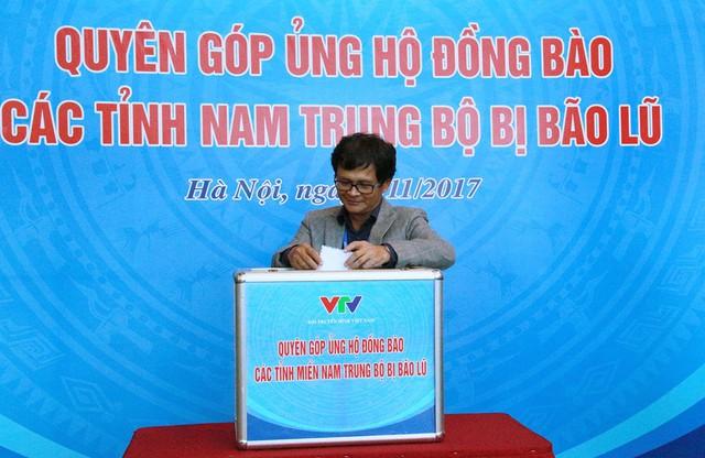 Đài THVN tổ chức lễ quyên góp ủng hộ đồng bào các tỉnh Nam Trung Bộ bị bão lũ - Ảnh 3.