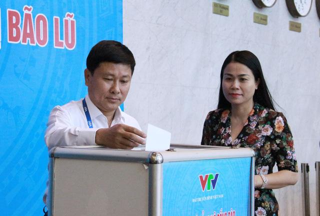 Đài THVN tổ chức lễ quyên góp ủng hộ đồng bào các tỉnh Nam Trung Bộ bị bão lũ - Ảnh 6.