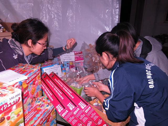 Trường tiểu học Việt - Úc  Hà Nội tổ chức hội chợ từ thiện ủng hộ trẻ em mắc bệnh tim bẩm sinh - Ảnh 6.