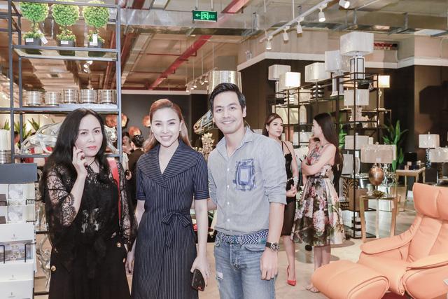 Á hậu Vân Quỳnh sánh vai với Việt Anh Người Phán Xử - Ảnh 5.