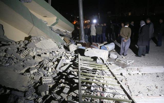 Động đất ở biên giới Iran-Iraq: Số tử vong đã lên tới 221 người - Ảnh 1.