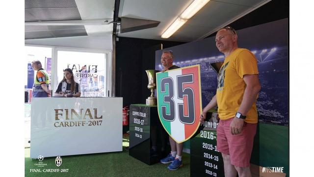 Chùm ảnh: Người hâm mộ háo hức tham dự buổi lễ trưng bày của Juventus tại Cardiff - Ảnh 16.