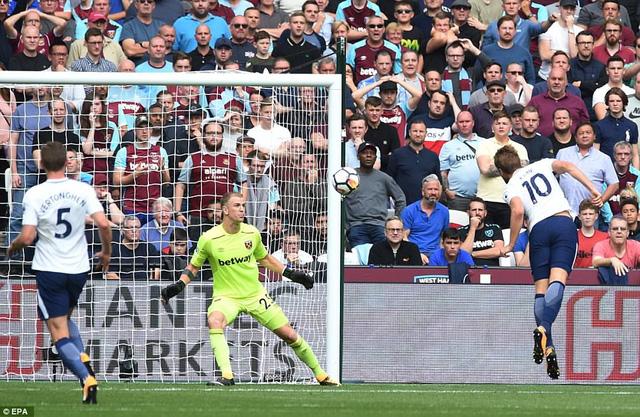 Kane ghi bàn nhiều hơn Ronaldo trong năm 2017 - Ảnh 1.