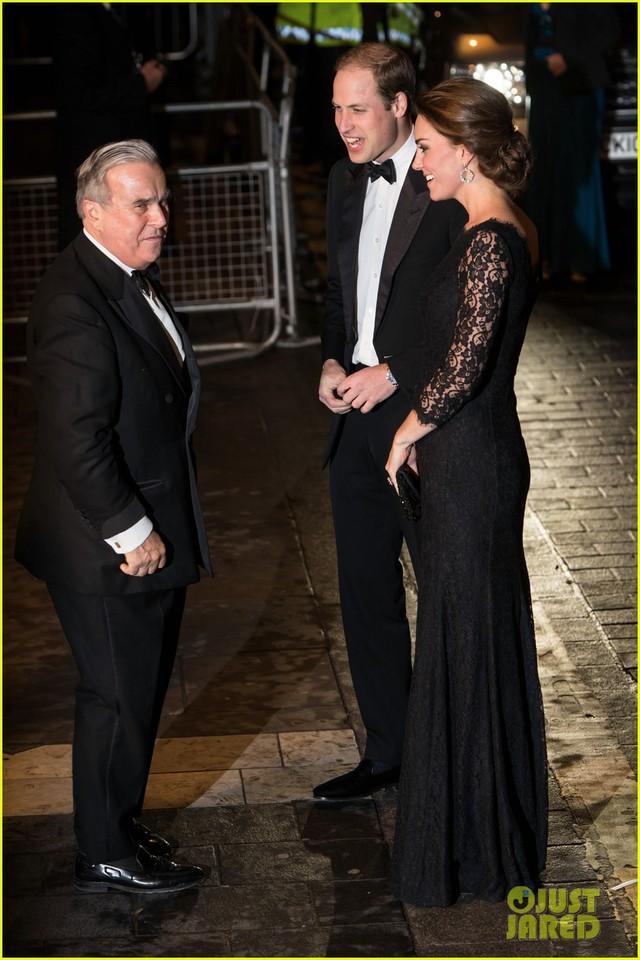 Nữ công tước Kate Middleto xinh đẹp đến ngỡ ngàng khi mang thai lần 3 - Ảnh 4.