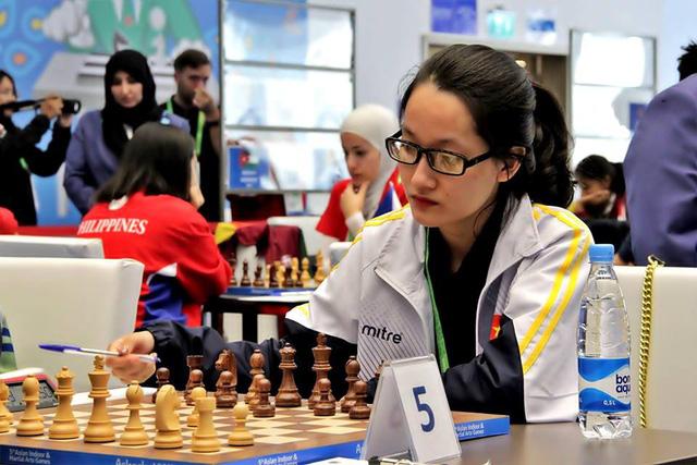 Kim Phụng tiếp tục gây bất ngờ tại giải cờ vua Fide mở rộng - London Classic 2017 - Ảnh 1.