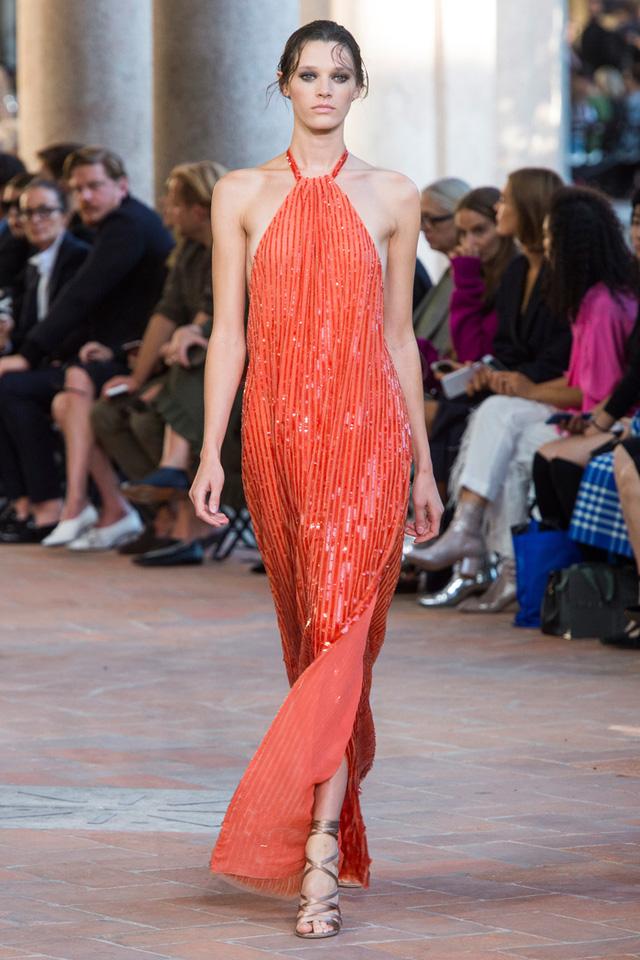 Thí sinh vồ ếch năm nào của Americas Next Top Model nay đầy quyến rũ ở Tuần lễ thời trang - Ảnh 7.