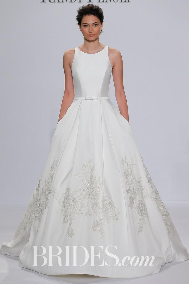 Mê mẩn những mẫu váy cưới vừa đơn giản, vừa sang chảnh - Ảnh 7.