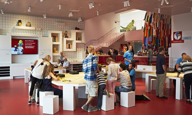 Ấn tượng ngôi nhà LEGO khổng lồ ở Đan Mạch - Ảnh 6.