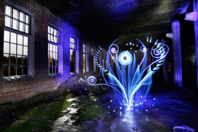 Độc đáo nghệ thuật vẽ tranh bằng ánh sáng - ảnh 17