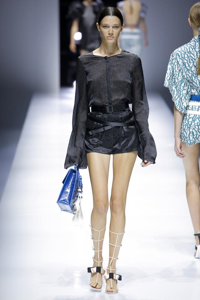 Thí sinh vồ ếch năm nào của Americas Next Top Model nay đầy quyến rũ ở Tuần lễ thời trang - Ảnh 11.