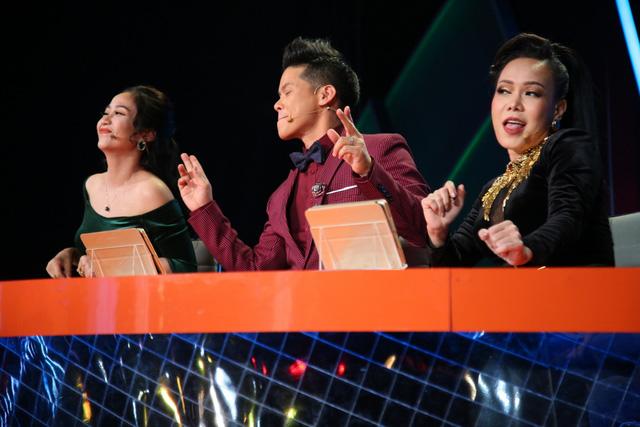 Việt Hương catwalk khoe vòng 3 trên sân khấu Bước nhảy ngàn cân (21h, VTV3) - Ảnh 3.