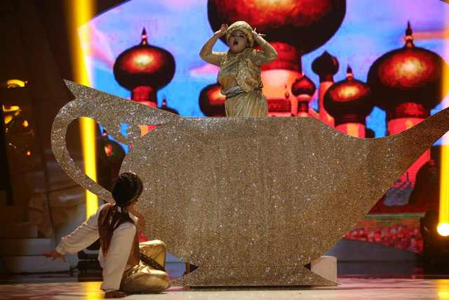 Bộ ba giám khảo Bước nhảy ngàn cân rủ nhau bỏ về vì giận... Trấn Thành - Ảnh 4.