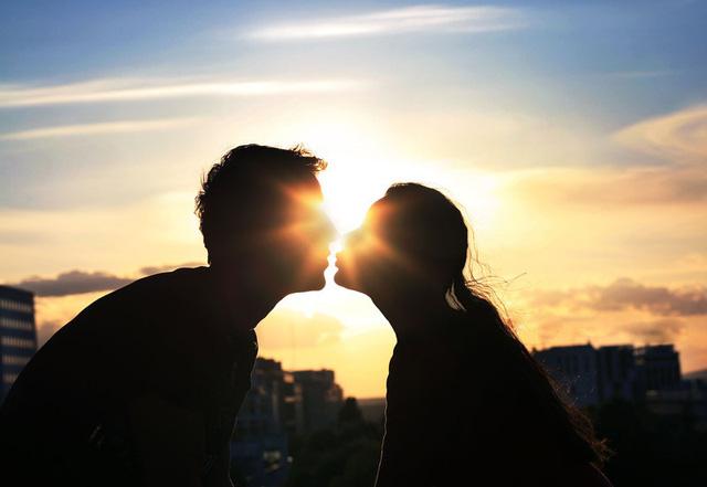 Vì sao bạn không nên vội vã đâm đầu vào một mối quan hệ mới? - Ảnh 5.