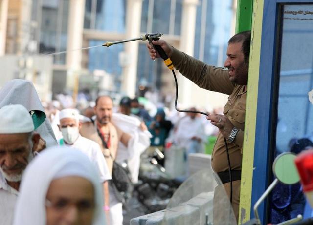 2 triệu người Hồi giáo hành hương tới Thánh địa Mecca - Ảnh 6.
