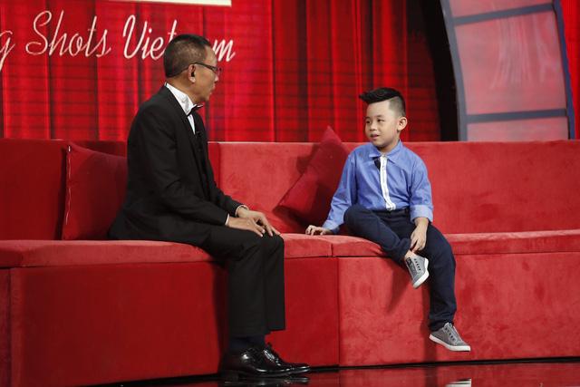 Mặt trời bé con: Cậu bé 7 tuổi đọc 100 cuốn sách khiến nhà báo Lại Văn Sâm không thốt nên lời - Ảnh 2.