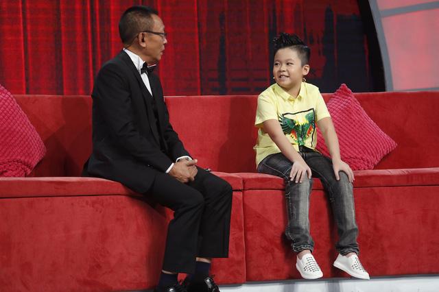 Mặt trời bé con: Nhà báo Lại Văn Sâm bị phê bình tư duy thiếu logic trên sóng truyền hình - Ảnh 1.