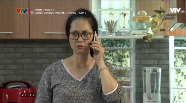 Sống chung với mẹ chồng - Tập 9: Thanh (Anh Dũng) vào hùa với mẹ truy xét Vân (Bảo Thanh) vì có trai lạ gọi điện - Ảnh 2.
