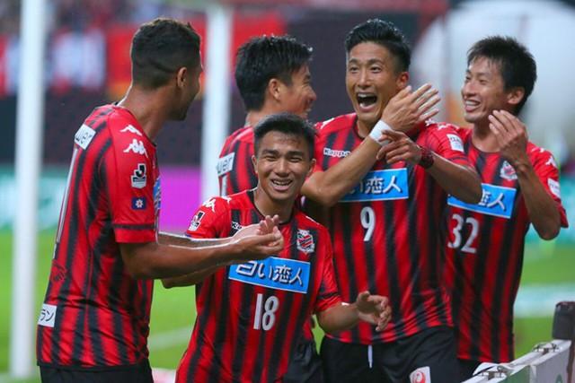Sau nửa mùa giải, Chanathip Songkrasin đã đặt dấu ấn tại J.League 1 - Ảnh 1.