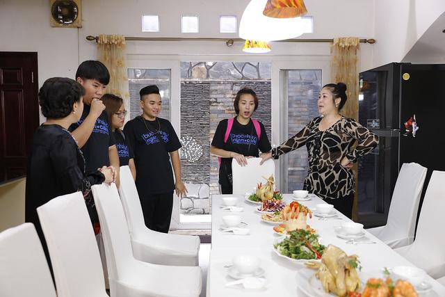 Hồng Vân, Việt Hương bí mật tạo bất ngờ tại nhà chung Bước nhảy ngàn cân - Ảnh 3.