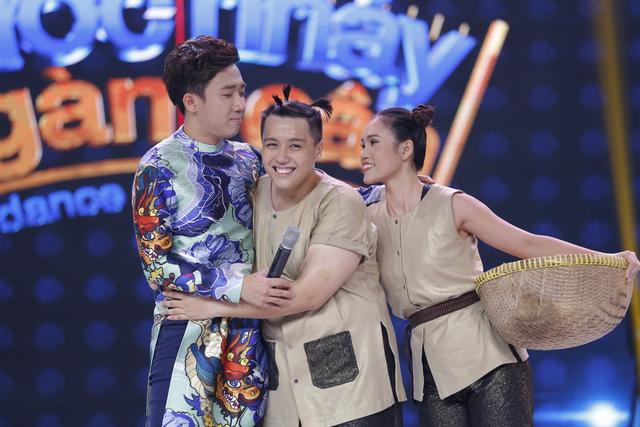 Trấn Thành, Việt Hương đẫm lệ vì nam thí sinh Bước nhảy ngàn cân - Ảnh 4.