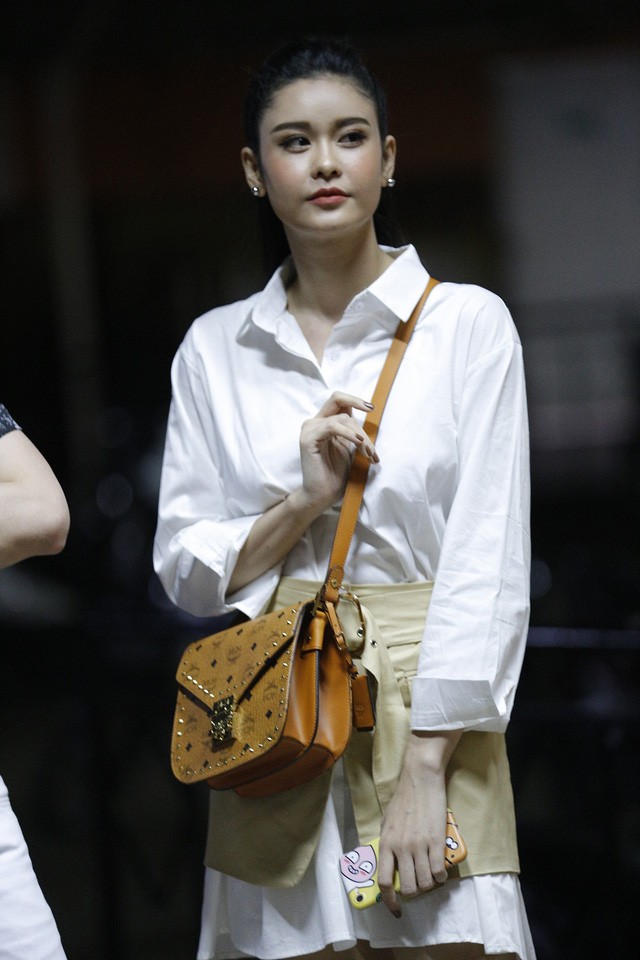 Trương Quỳnh Anh hộ tống chồng tham gia Bước nhảy ngàn cân - Ảnh 1.