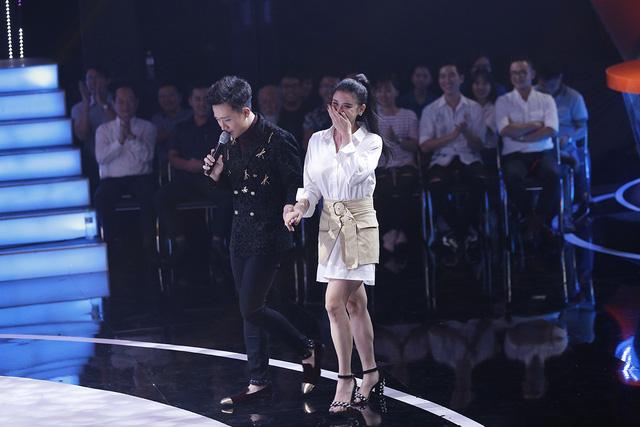 Trương Quỳnh Anh hộ tống chồng tham gia Bước nhảy ngàn cân - Ảnh 3.