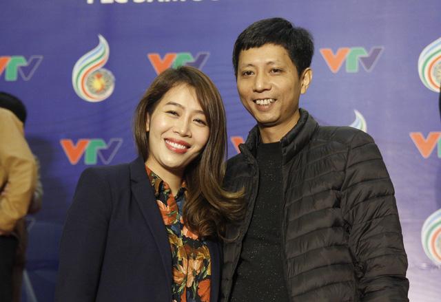 Đạo diễn Diệp Chi: Giải Vàng tại LHTHTQ là món quà dành tặng cha con diễn viên Quốc Tuấn - Ảnh 2.