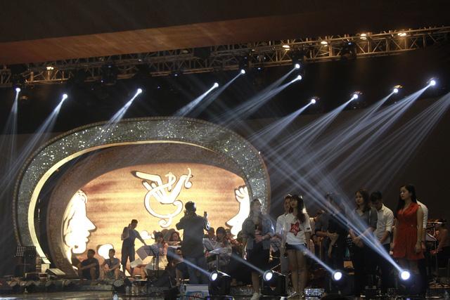 NB Trần Hồng Hà: Gala 20 năm Sao Mai là chương trình nghệ thuật đích thực và công phu - Ảnh 2.