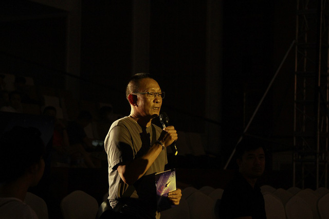 Nhà báo Lại Văn Sâm trở lại sân khấu Sao Mai sau 20 năm - Ảnh 2.