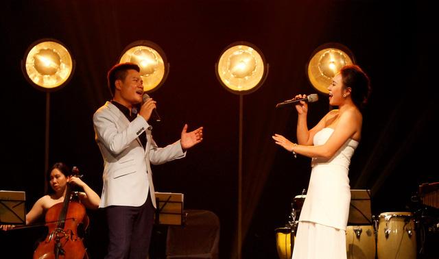 Sao Mai Hoàng Tùng: Từ ca sĩ hát thính phòng đến nghệ sĩ đa phong cách. - Ảnh 1.