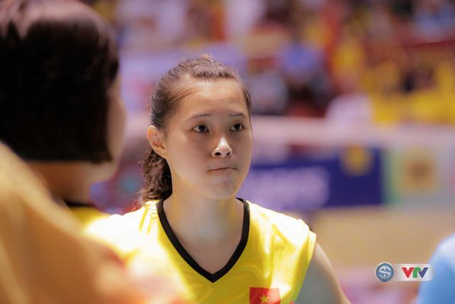 Vẻ đẹp gây sốt của chân dài 15 tuổi ở Giải bóng chuyền nữ Quốc tế VTV Cup Tôn Hoa Sen 2017 - Ảnh 3.