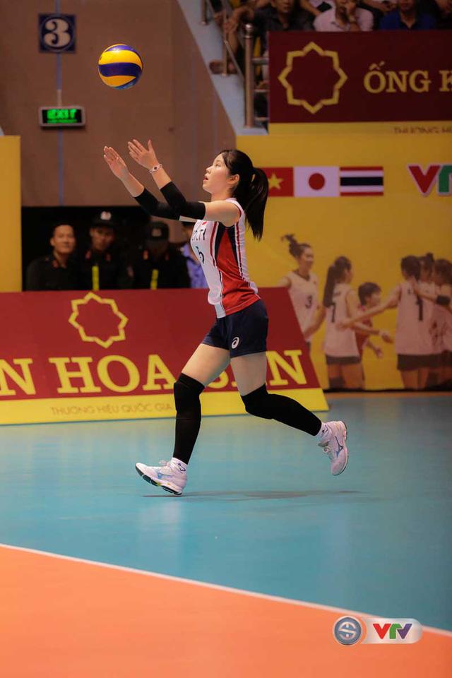 VTV Cup Tôn Hoa Sen 2017: Những bóng hồng vạn người mê trên sân đấu VTV Cup - Ảnh 1.