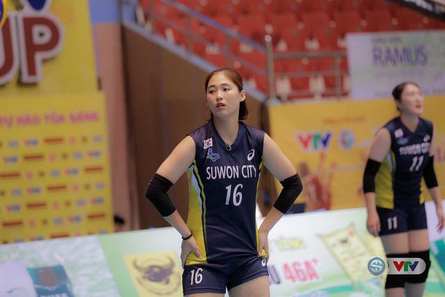 VTV Cup Tôn Hoa Sen 2017: Những bóng hồng vạn người mê trên sân đấu VTV Cup - Ảnh 5.