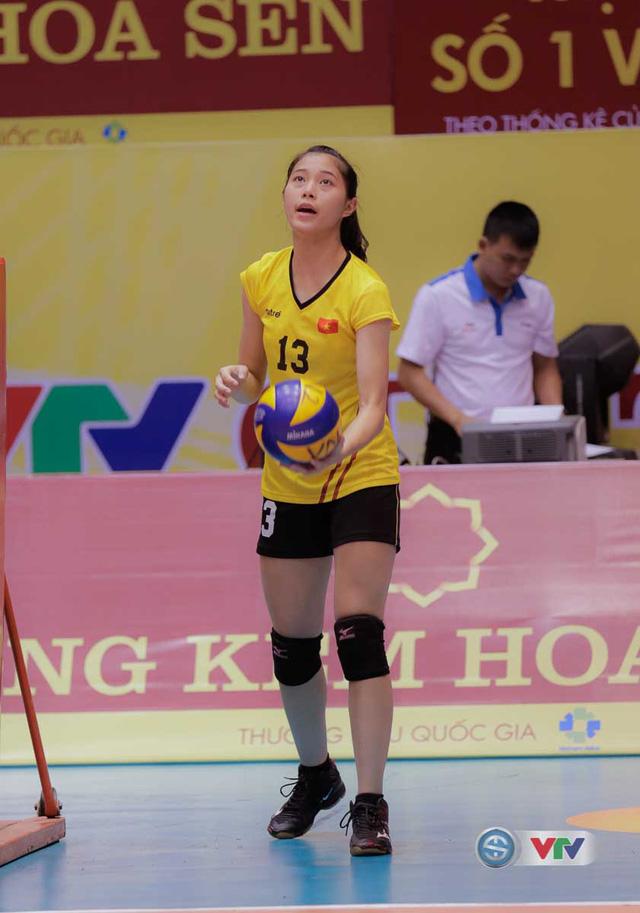 Vẻ đẹp gây sốt của chân dài 15 tuổi ở Giải bóng chuyền nữ Quốc tế VTV Cup Tôn Hoa Sen 2017 - Ảnh 8.